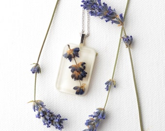 Resin Necklace with Real Pressed Flowers. Handmade Resin Pendant with Real Plants. Floral Jewelry. Botanical Jewelry - Lavender.