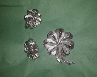 Vintage Coro Silver Tone Brooch and Earrings Set
