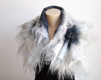 White & Dark Gray Wool Scarf Neckpiece Collar. Felted Wrap scarf. Chunky scarf Shibori