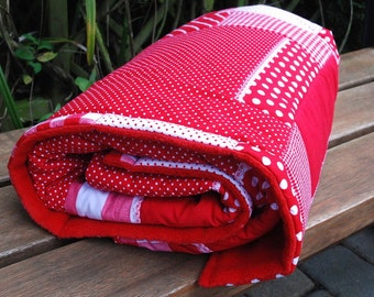 Baby blanket, blankie Patchworkdessing Red