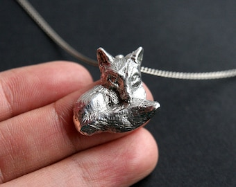 Solid sterling silver fox pendant. Fox necklace. Animal jewelry.