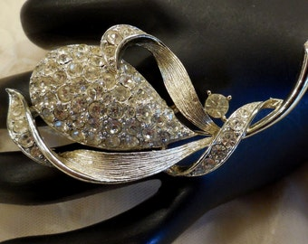 Vintage Lisner Pave Rhinstone Floral Brooch