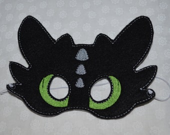 Toothless ADULT inspired felt mask