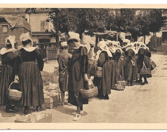 Women of Pont Aven, Brittany Photo Postcard, c. 1930