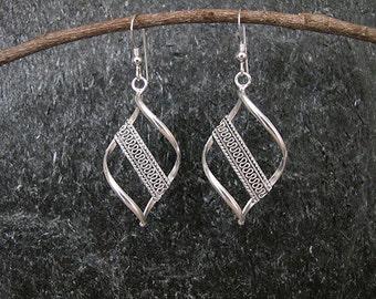 Silver earrings , Filigree silver earrings,Yemenite earrings,Israel jewelry,Ethnic earrings