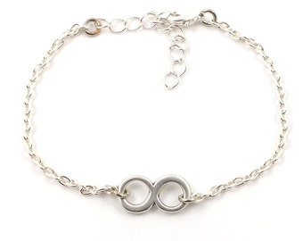 Silver plated infinity bracelet - silver mix and match armcandy
