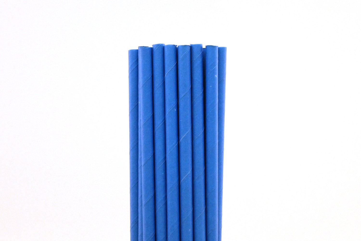 blue paper straws 25 pack white/red polka dots disposable paper straws $149 $149 factory  price $499 regular price 9 reviews 25 pack white/light blue wavy striped.
