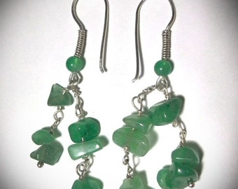 Earrings in chips and pearls of green Aventurine
