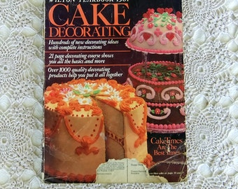 Vintage Baking Magazine: Cake Decorating, Wilton Yearbook 1981