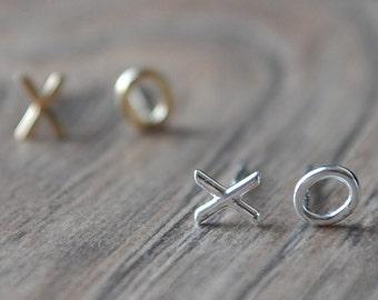 XO *Silver* Earring, Studs - Sterling Silver