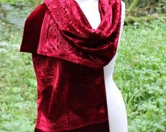 Deep Crimson Red Iridescent Velvet Celtic Spiral Embossed Wrap