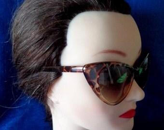 Vintage Retro Golden Tortoise Cat Eye Sunglasses