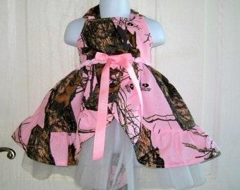 Pink Camo Dress .  Girl's pink camo dress for Camo Weddings.