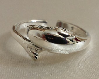 Adjustable dolphin Ring - .925 Sterling Silver - Toe Ring or knuckle ring