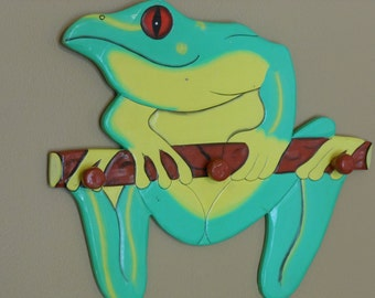 Wooden Frog Pegged Hanger