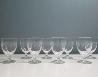 Set of 8 Vintage Etched Glass Sherbet Wine Desert Elegant Champagne Glasses