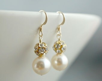 SALE 4 pairs of earrings, Bridesmaid gifts, Bridesmaid jewelry, Bridal party shower gifts, Four pairs of earrings