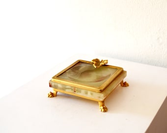1920's Art Deco Style Vintage Antique G.S.E. Ottone Garantito Italy Alabaster and Gold Claw Foot Leaf Ashtray / Coin Tray / Jewelry Tray