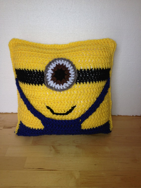 Free Minion Cushion Crochet Pattern : Handmade Crochet Minion Cushion Pillow