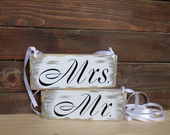 Rustic Wedding signs, Mr & Mrs Signs Mr and Mrs signs,  Wedding Chair signs, Primitive Wedding Signs, Rustic Wedding Decorations