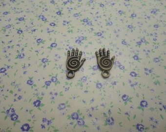 30 pcs of antique bronze color metal healing hand pendant charm , 18*10mm , MP408