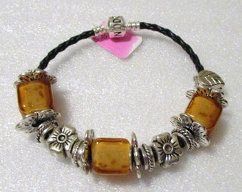 768 - CLEARANCE - Amber Square Bracelet