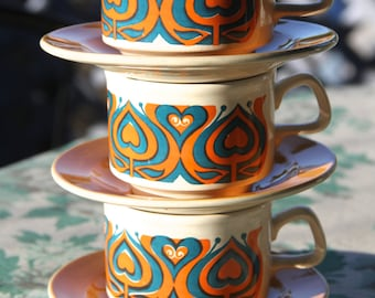 Vintage 1960's Retro Staffordshire Ironstone  teacups and saucers (4)