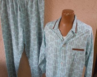 Size XL+ (54) ** Cool 1960s Pajamas