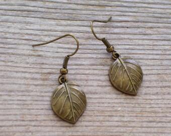 Antiqued Brass Wide Leaf Earrings, Fall Jewelry, Leaf Jewelry, Pierced Dangle Earrings, Fall Leaf Earrings