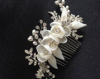 IVORY Bridal Fascinator, Crystal and Pearl Hair Flowers IVORY Crystal Hair Vine, wedding