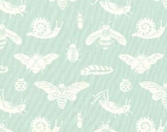 Acorn Trail, Bugs in Mint for Birch Fabrics