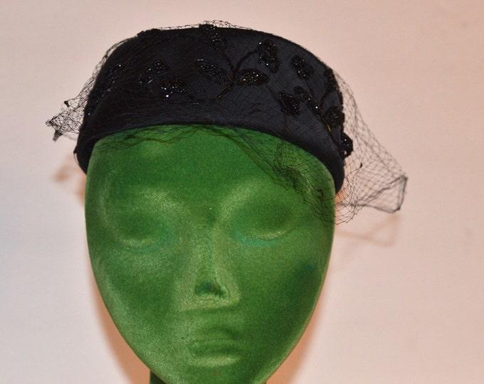 Vintage Estate French Room Stix Baer & Fuller Black Beaded Veil Hat