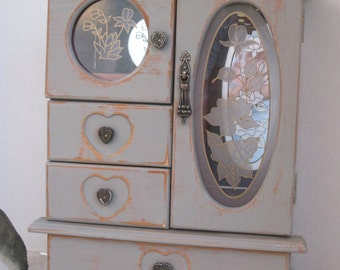 So Cute Shabby Style Painted French Linen Distressed and Waxed Wood Jewelry Box with Gray Stain Glass