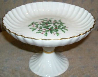 """Reduced: Vintage Lenox Holiday Fine China (Dimension shape) Gold Compote Pedistal Server - 5.25""""- Holly and Berries Design"""