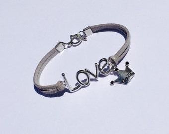 Little Girls Love Bracelet, Little Girls Charm Bracelet, Princess Bracelet, Princess Charm Bracelet, Flower Girl Gift, Little Girls Jewelry