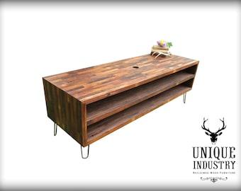 Reclaimed Wood Media Table