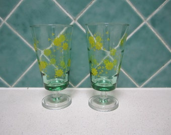 2 Vintage Green With Yellow Flowers Parfait Glasses