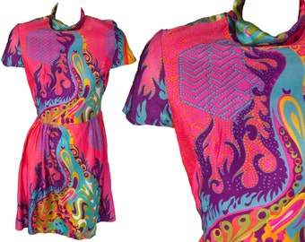 1960s Medium Dress Psychedelic Neon Mini Rave Pucci Hot Pink Swirls Paisley Flower Power Child Trippy Stoner Mod Acid Trip Woodstock Swingin