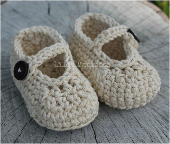 Crochet Pattern For A Baby Jacket : CROCHET BABY SHOES Pattern Crochet Mary Jane by Liloumariposa