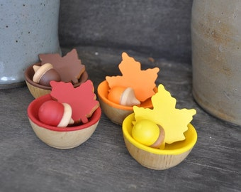 Autumn Sorting Leaves and Acorns- A Waldorf and Montessori Inspired Wooden Educational Toy - Fall Seasonal Toy