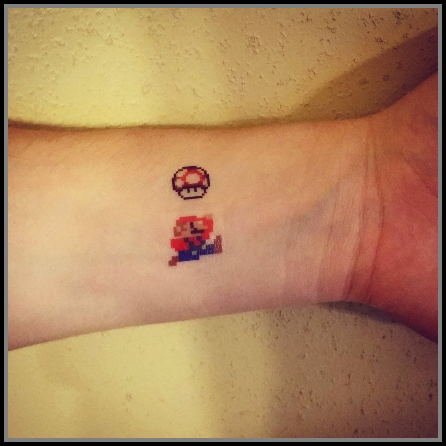 Mario temporary tattoo 8 bit mario and mushroom fake tattoos for Mario mushroom tattoo