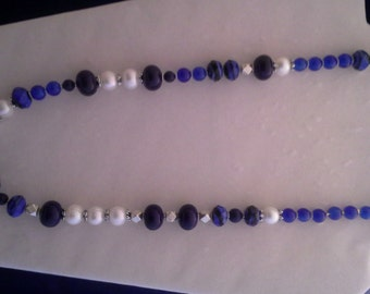 Pearl and blue lapis bead necklace