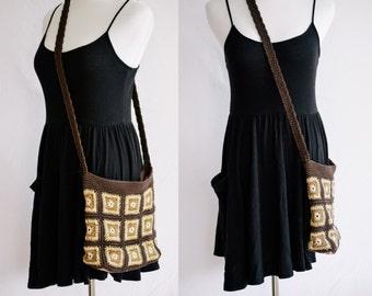 EVERYTHING MUST GO Granny square crochet crossbody purse