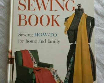 1961 Vintage Better Homes and Gardens Sewing Book