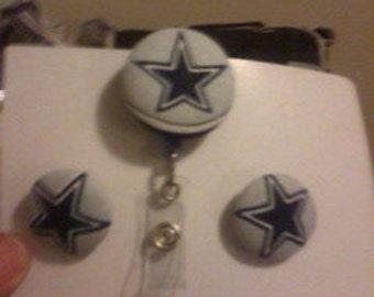 Dallas Cowboys ID Badge Holder & Earring Set