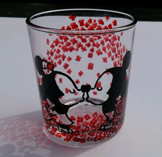 Painted Cute Disney Mickey Mouse Drinking Glass Kids Kiss Couple Minnie Clear