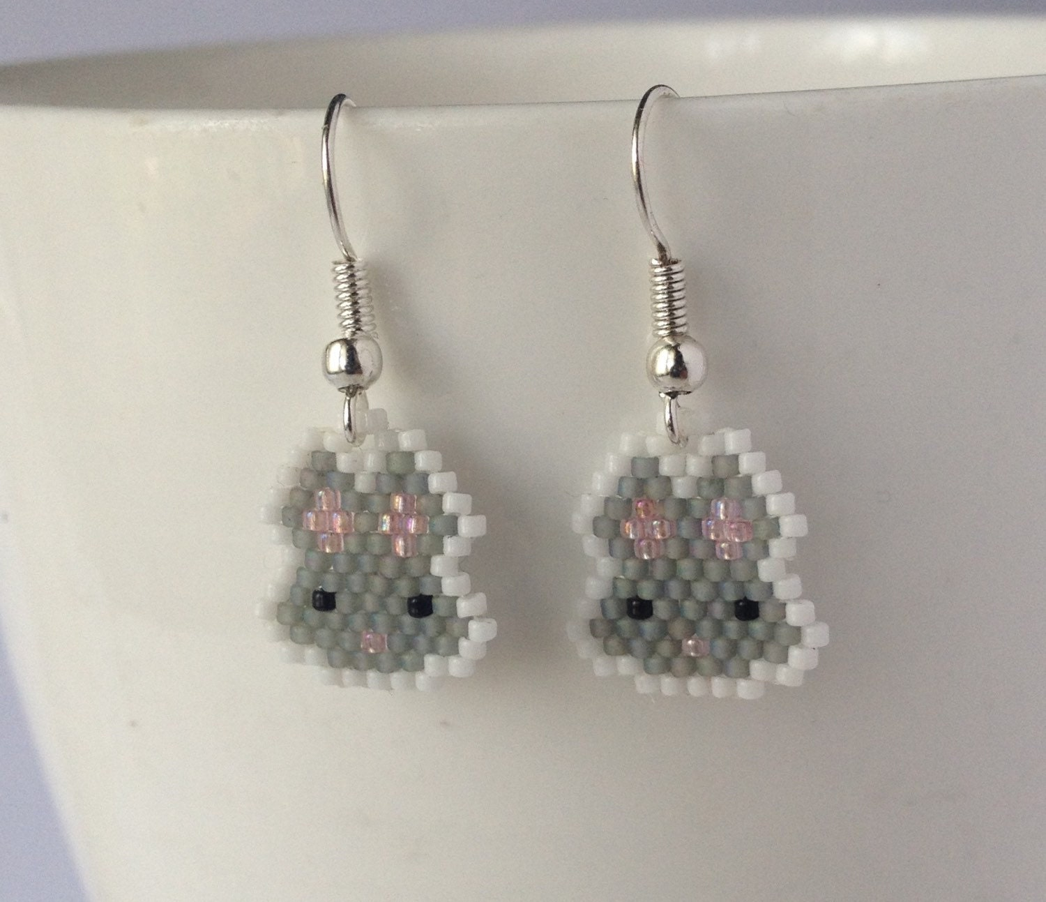 bunny earrings beaded rabbit earrings bunny dangle earrings bead 7337