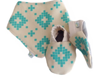 Turquoise Tiles Baby Shoes and Bandanna Gift Set