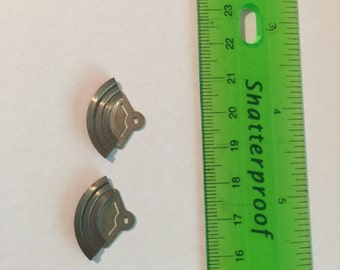 1 pair of silver toned STEAMPUNK WATCH PARTS - gears, cogs, and wheels used for jewelry making and art projects.