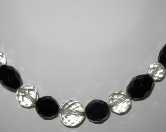 Vintage 1950s Black & Clear Faceted Glass Necklace